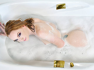 Hot bathroom sex with ginger